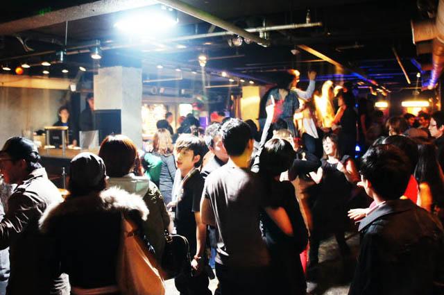 ソウル 夜遊び クラブ